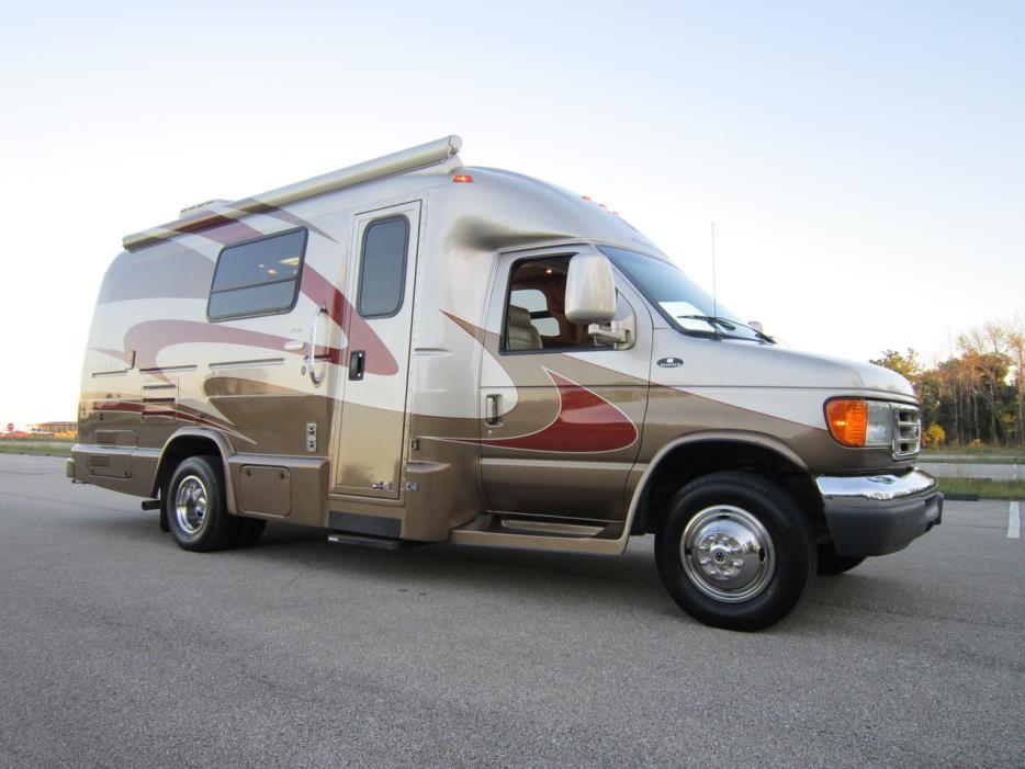 2008 Coach House Platinum XL 221SD