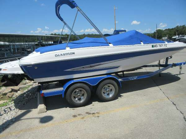 2012 Glastron DS 205 DB