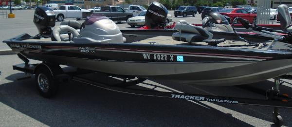 What size fuel tank do you have. Page: 1 - iboats Boating ...