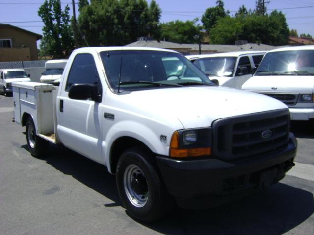 2001 Ford F250  Mechanics Truck