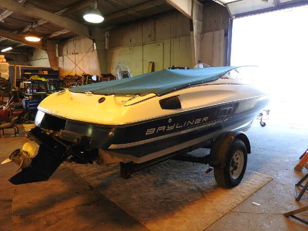 Bayliner | Buy or Sell Used and New Power Boats & Motor ...  |1991 Bayliner Capri 1850