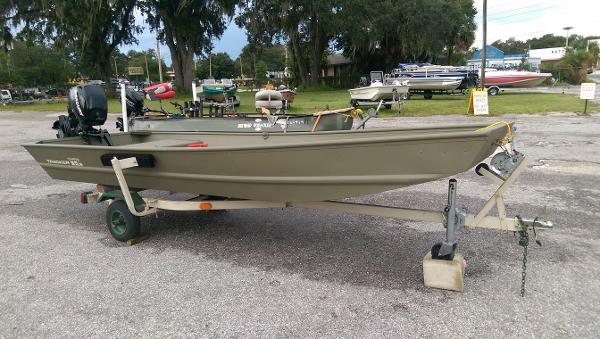 2013 Tracker Topper 1542 LW Riveted Jon Boat