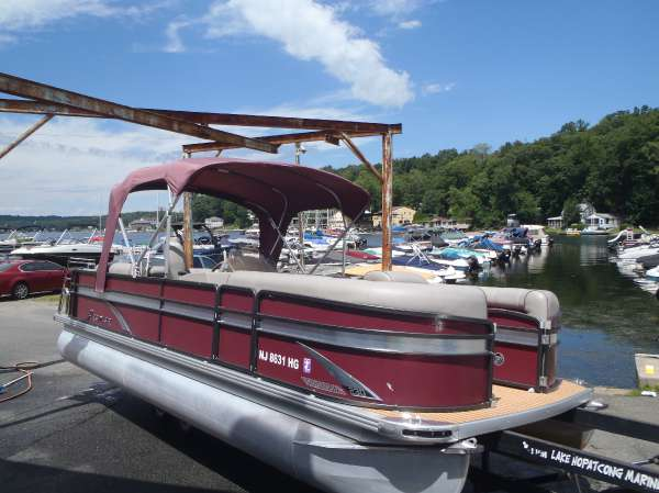 2015 PREMIER BOATS 230 Sunsation RF