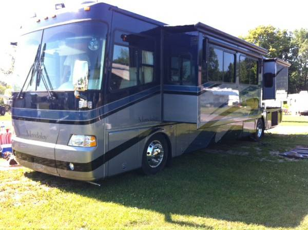 2006 Mandalay Coach 40B