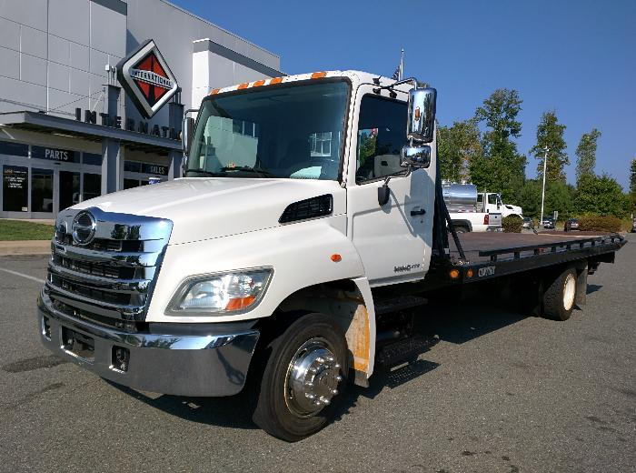 2011 Hino 268a Rollback Tow Truck