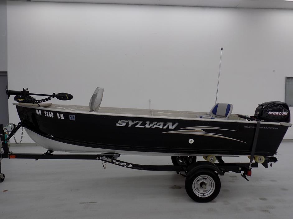 2009 Sylvan 1400 Super Snapper