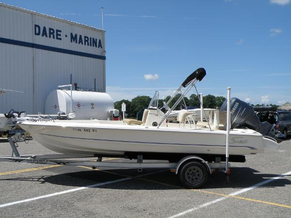 2007 Scout Boats 200 Bay Scout