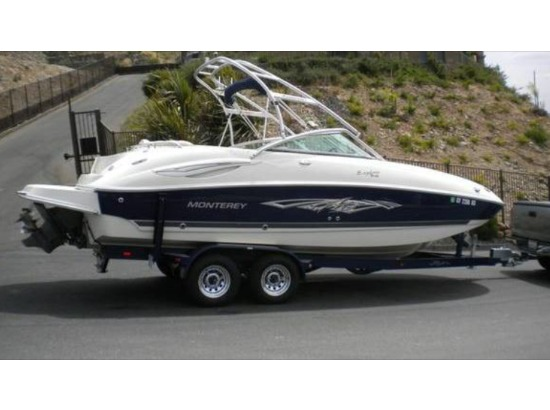2007 Monterey 243 Explorer