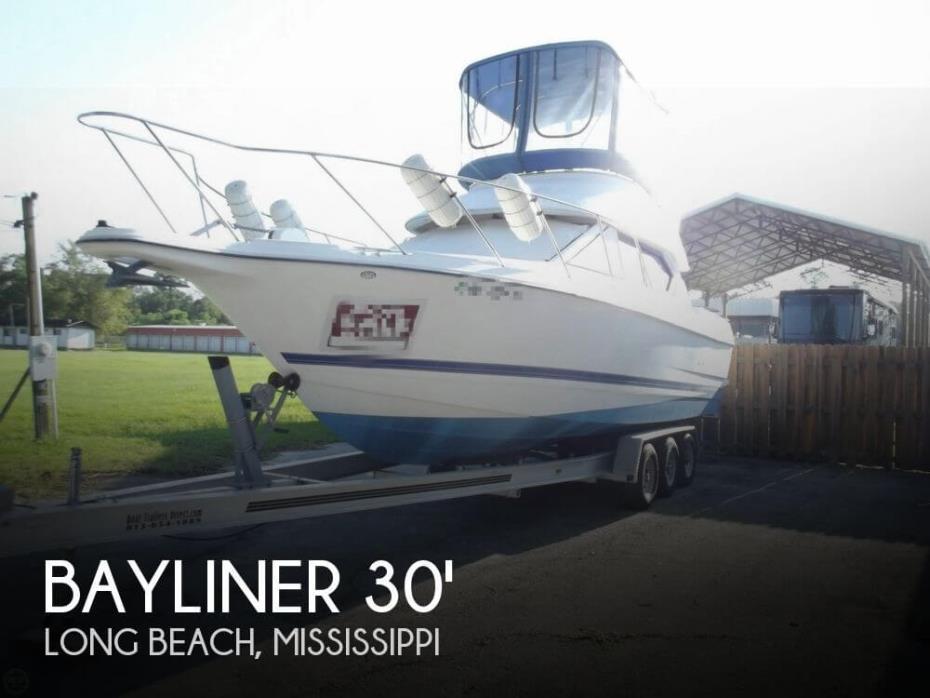 2006 Bayliner 288 Command Bridge Cruiser