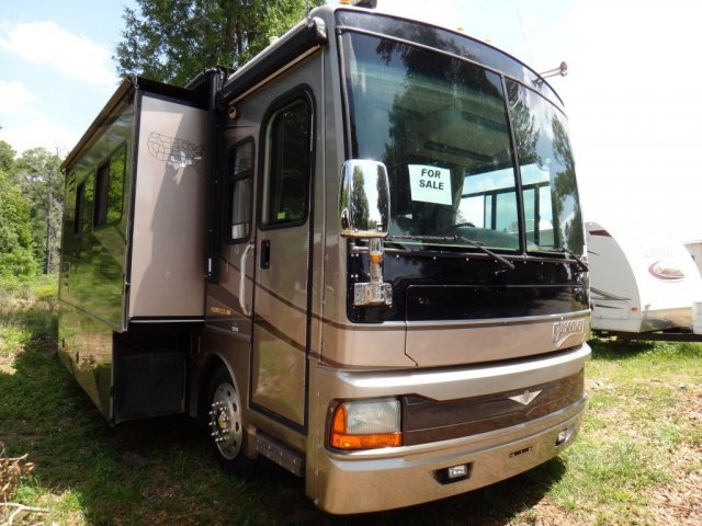 2004 FLEETWOOD DISCOVERY 39A