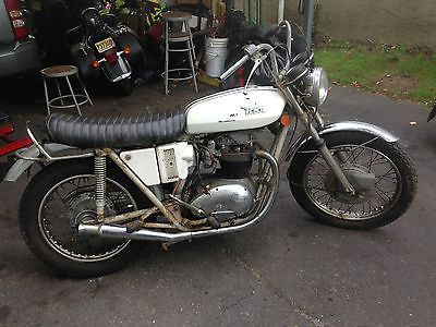 BSA : Lightning 1971 bsa lightning vintage british cruiser needs restoration barn find