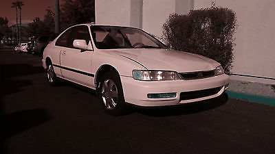 Honda : Accord LX 1996 very economical commuter car runs great reliable clean white lx ac