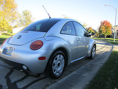 Volkswagen : Beetle - Classic GLS 2000 vw new beetle auto trans silver auto fax 52 617 miles