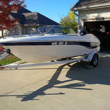 Beautiful 2003 Starcraft C-Star 1600 Ski Boat!