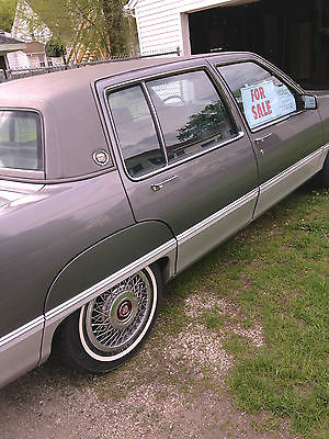 Cadillac : Fleetwood base sedan 4-door 1989 cadillac fleetwood base sedan 4 door 4.5 l