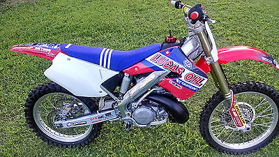 Honda : CR 2001 honda cr 250 r all new parts very clean