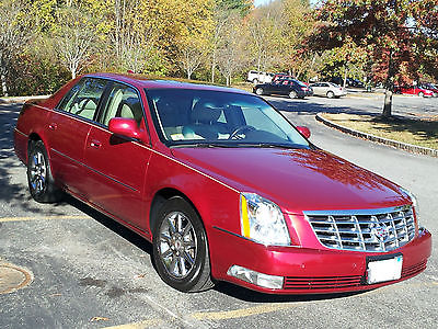 Cadillac : DTS Luxury 2011 cadillac dts pearl red luxury edition with 37 600 miles