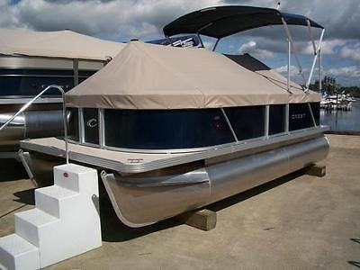 2014 Crest 1708 Wave Pontoon Boat`