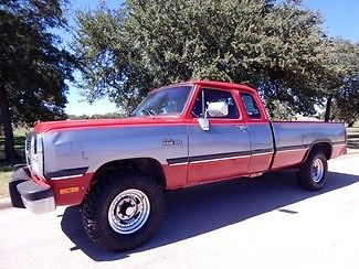 Dodge : Ram 2500 4x4 1992 dodge ram 2500 w 250 4 x 4 5 speed 181 k miles super nice must see pics