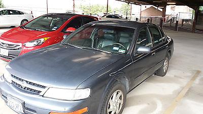 Nissan : Maxima GLE 1999 nissan maxima gle sedan 4 door 3.0 l