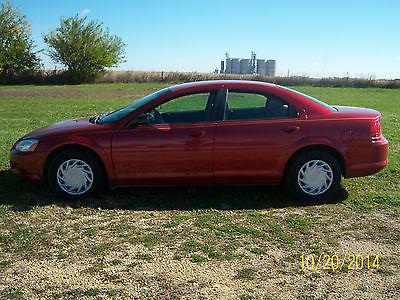 Dodge : Stratus SE Sedan 4-Door 2002 dodge stratus se 2.4 l four cylinder great gas mileage work daily driver