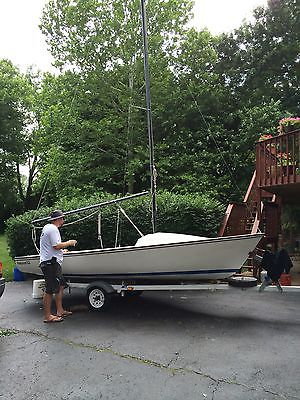 1978 Boston Whaler Harpoon 5.2 Sailboat