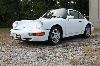 Porsche : 911 CARRERA COUPE ** INCREDIBLE 1992 PORSCHE 911 CARRERA COUPE ** STELLAR SERVICE RECORDS !!