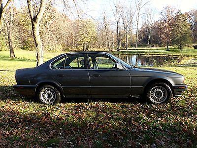 BMW : 5-Series 525i 1989 2.4 litre engine dark gray int ext drive away 2000