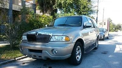 Lincoln : Navigator wood grain 02 lincoln navigator 2 owner well maintained guides codes and keys with remote