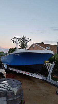 1990 Mako Center Console  251 With T top and 2010 Aluminum Trailer NO MOTORS