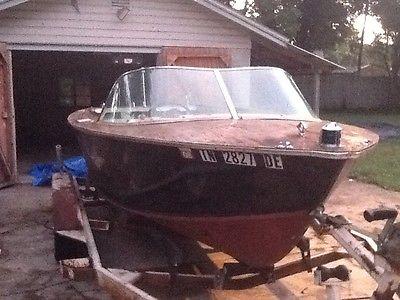 1959 Antique Century Resorter Boat