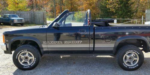 Dodge : Dakota CONVERTIBLE SPORT PICK UP! 1989 dakota convertible sport pick up 4 x 4 5 speed rare collectible