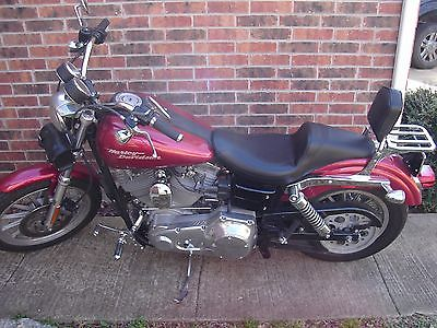 Harley-Davidson : Dyna Harley dyna superglide 2004  great running and looking bike extra seat and carb