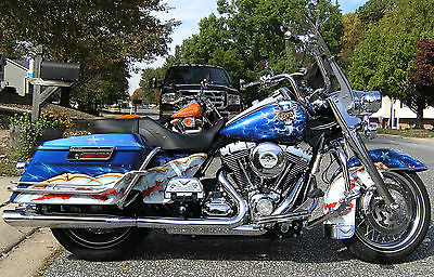 Harley-Davidson : Touring 2010 harley davidson road king custom paint 7566 miles lots and lots of chrome