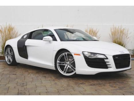 Audi : R8 2dr Cpe Man Excellent condition