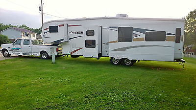 2010 Crossroads Cruiser 5th WHEEL 34'  BUNKHOUSE Camper