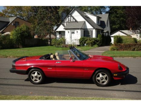 Alfa Romeo : Spider 2dr Coupe Gr Rare Red Graduate convertible A/C and Fuel Injected! New Top,runs, looks great