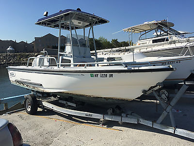 1996 Boston Whaler 19' Justice Commercial Grade Division