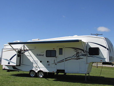 2008 FOREST RIVER WILDCAT 2s 32' BUNK ROOM 1.5 BATH MONTANA COUGAR RV 5TH