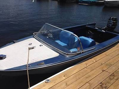 1967 Glasspar Avalon runabout 16' boat with original Merc 650 outboard motor