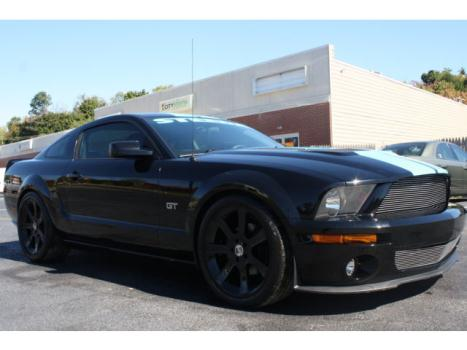Ford : Mustang 2dr Cpe GT D 2005 ford mustang gt 4.6 l 5 speed sharp car only 26 000 miles upgraded wheels