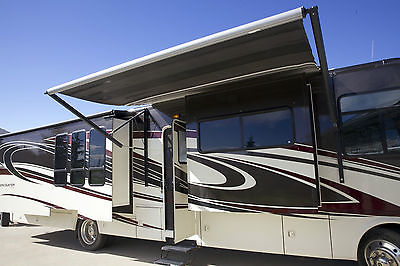 2011 Coachmen Encounter 37TZ -- like new only 9450 miles!