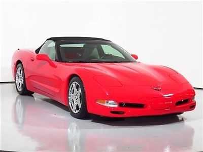 Chevrolet : Corvette 2dr Convertible 1998 corvette convertible 33 k miles chrome wheels black top nice az car