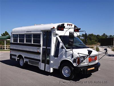 GMC : Savana Savana Cutaway Bus 2000 gmc savana cutaway bus 51 k miles 14 passenger shuttle transport van low mil
