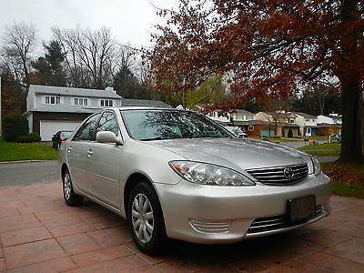 Toyota : Camry 2005 toyota camry low kilometers excellent condition hwy driven in ottawa