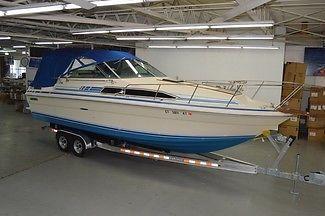 1983 SEA RAY 270 SUNDANCER, TWIN MERCRUISER 200HP'S, NEW ALUMINUM TRAILER