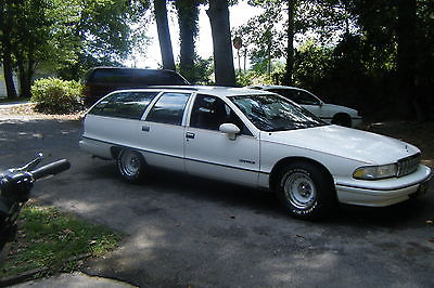 Chevrolet : Caprice red pinstriping 1992 chevrolet caprice base wagon 4 door 5.7 l