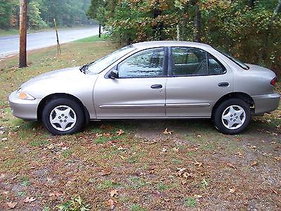 Chevrolet : Cavalier Base Sedan 4-Door 2000 chevrolet cavalier base sedan 4 door 2.2 l