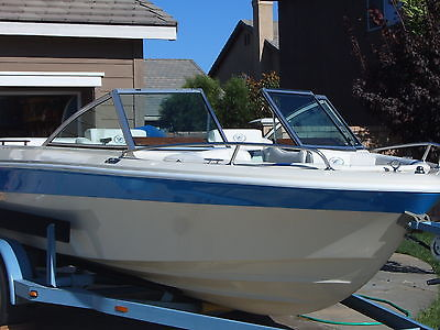 Boat Cobalt 1982 Fish & Ski bowrider 18ft