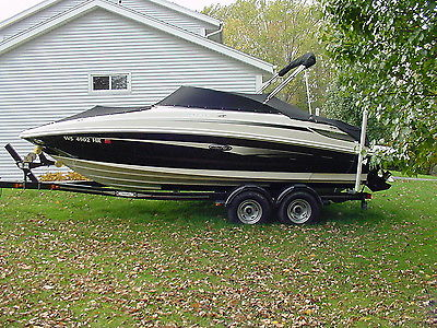2009 Sea Ray 22 Foot Sundeck Open Bow Boat W/ Additional 2 Foot Swim Platform